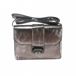 Lesklá hnědozlatá kabelka s kovovým zapínáním